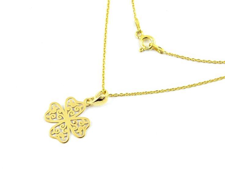 Pozłacany naszyjnik koniczynka. Gilded necklace clover. http://www.tanat.eu/naszyjniki/1626-pozlacany-naszyjnik-koniczynka.html