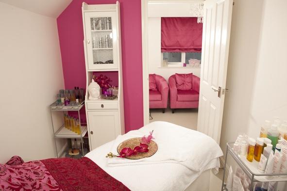 Simply THE Salon  www.hiveofbeauty.com  Theme: Valentines