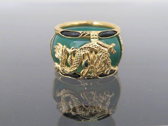 Vintage 18K Solid Yellow Gold Green Onyx Emerald Dragon Band