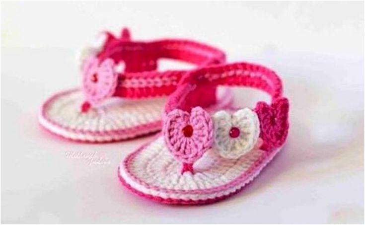 nice El Örgüsü Bebek Sandalet Modelleri