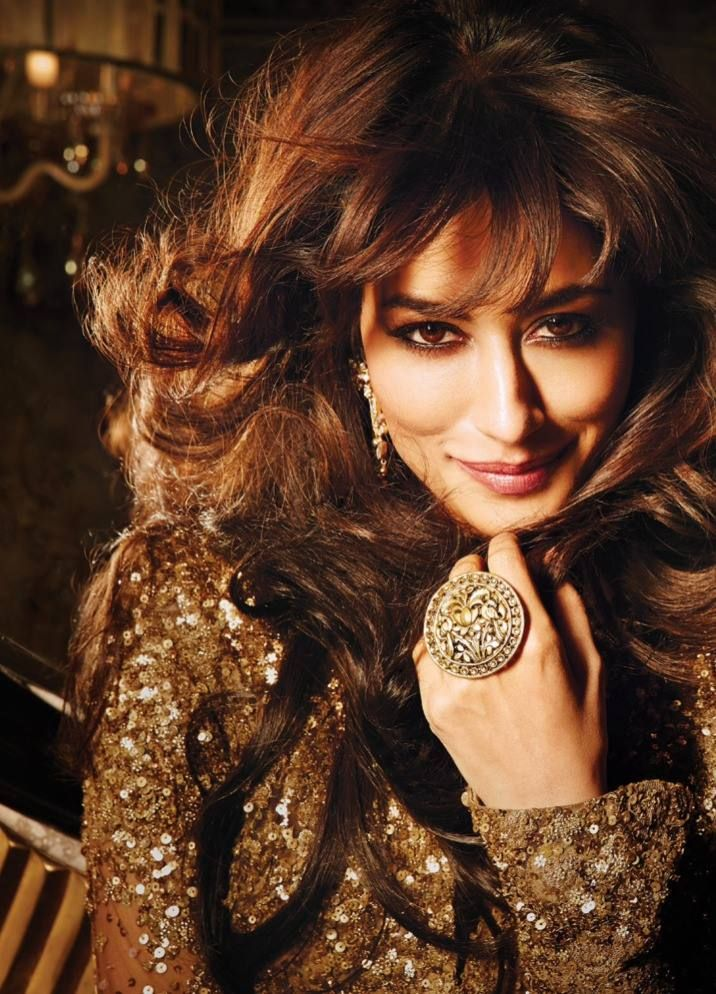 Chitrangada-Singh-full-photoshoot-from-Filmfare-October-3.jpg (716×994)