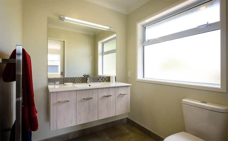 A great, easy to clean bathroom for guests.