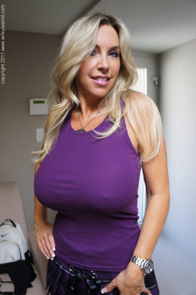 Unreal milf boobs