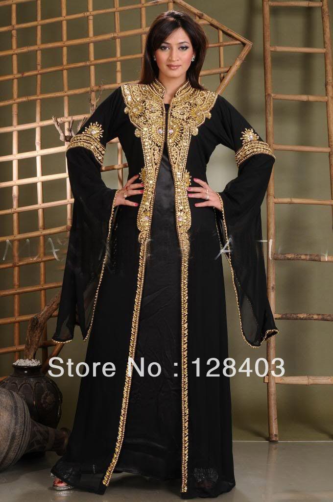 Black women in black gold dresses | Black Arabic Clothes Muslim Kaftan For Women Chiffon Abaya In Dubai ...