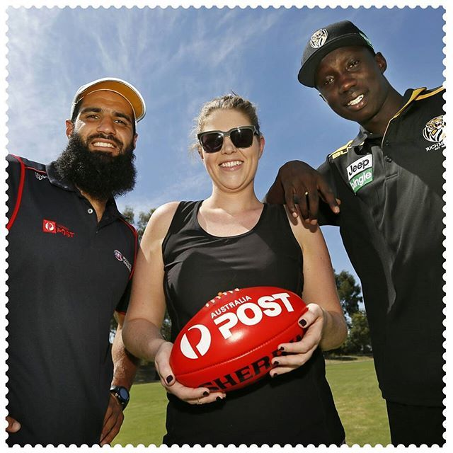 Jacinta Gandolfo won a private training session with Australia Post AFL Ambassador Bachar Houli (Mabior Chol also attended) from Richmond Tigers last week in Albury-Wodonga, 2640.  This was as part of the Australia Post supported AFL Community Camps, which provide fans with opportunities to meet and interact with their favourite AFL players and clubs. #AustraliaConnected, #AFL, #GoTiges, #AFLDiversity, #BacharHouli #AlburyWodonga, #AFLCommunityCamp