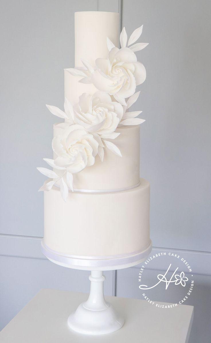 Weiße Hochzeitstorte, Zuckerblumen, Hochzeitstorte Inspiration, Luxus-Hochzeitstorte …   – Lindas tortas de novios