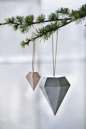 diamants for xmas tree