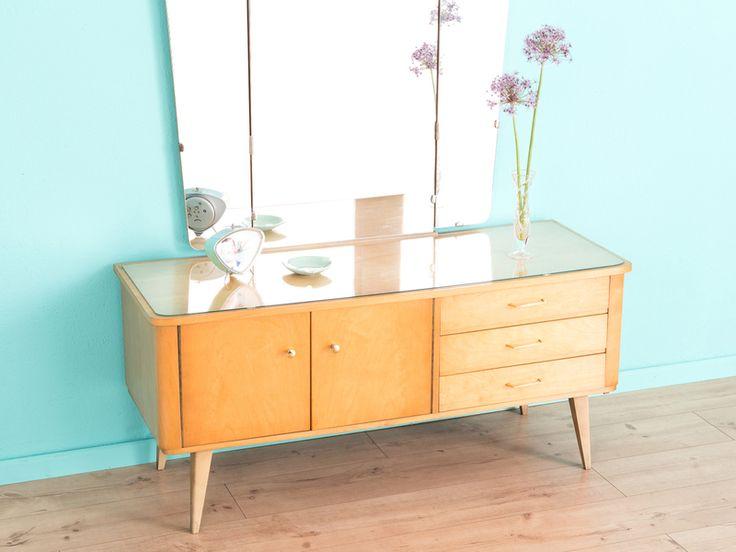 die besten 25 50er jahre m bel ideen auf pinterest mitte des jahrhunderts und 50er jahre dekor. Black Bedroom Furniture Sets. Home Design Ideas