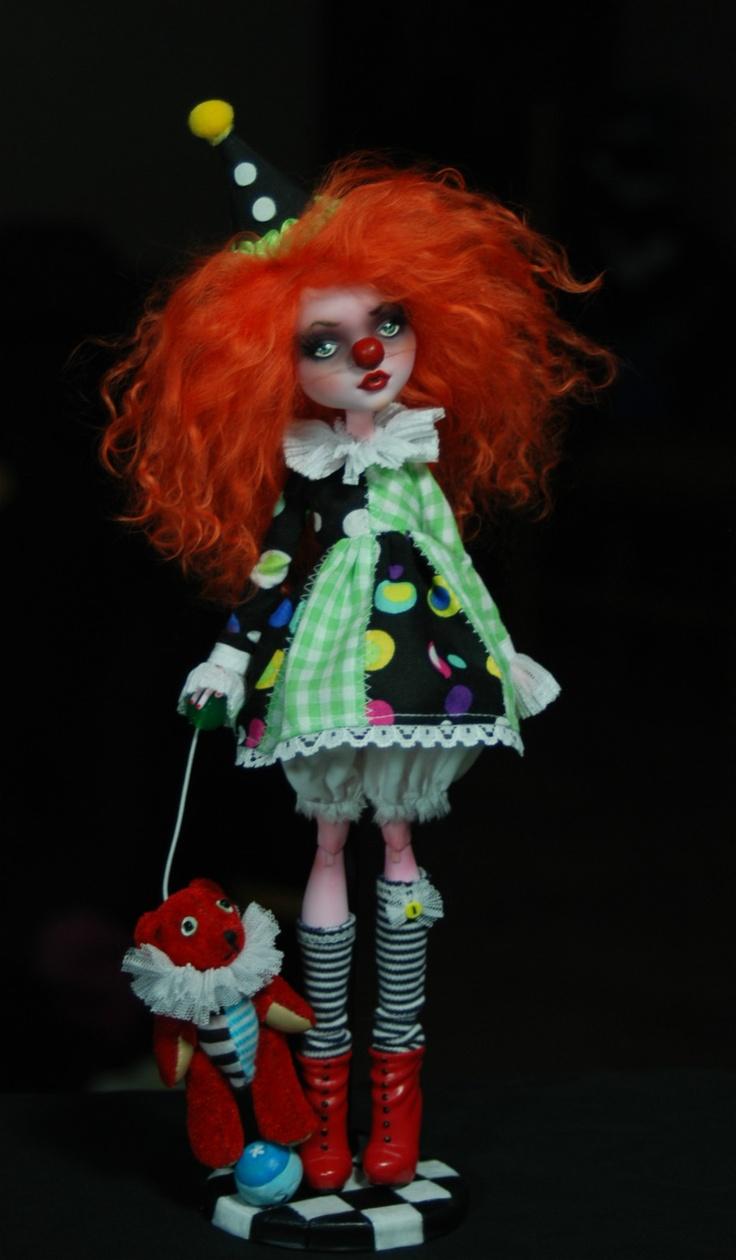 OOAK Draculaura ♥ Custom Repaint The Performers Art Doll ♥ Monster High | eBay
