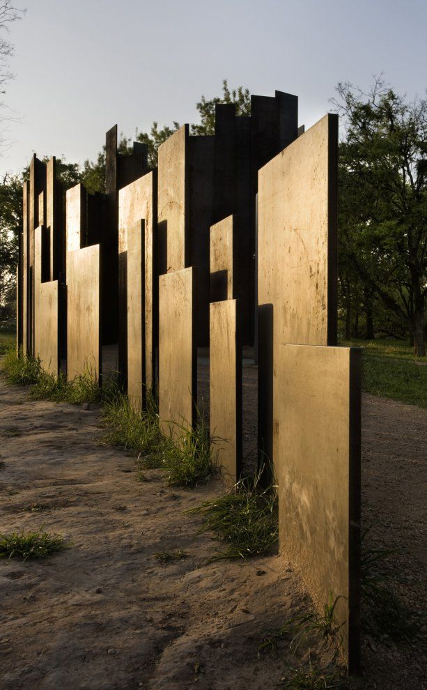 Lady Bird Lake Hike and Bike Trail Restroom, Austin, United States designed by Miró Rivera Architects
