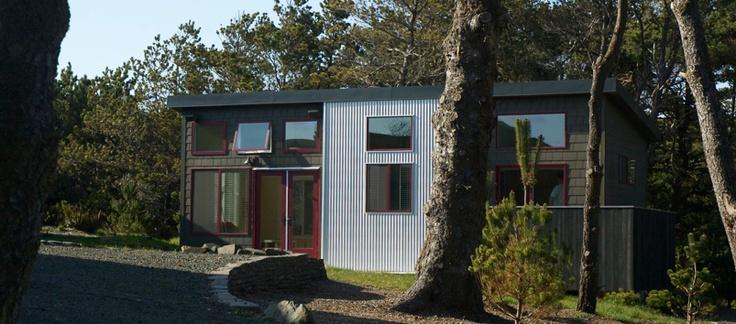 Idea Box cute modern modular homes built in the Pacific