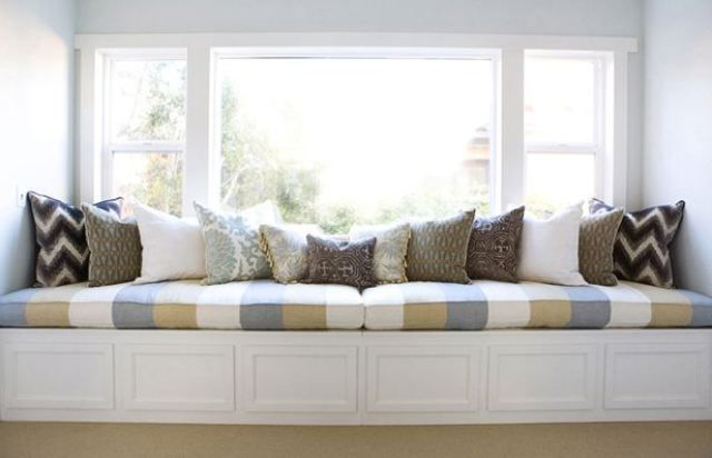 THIS OR THAT: THE LONG AND SHORT OF BUILT-IN WINDOW SEATS!   COCOCOZY