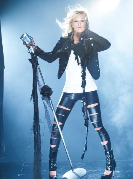 Google Image Result for http://www.ruedechic.com/blog/wp-content/uploads/2010/06/Carrie-Underwood-Play-On-Album-Shoot.jpg