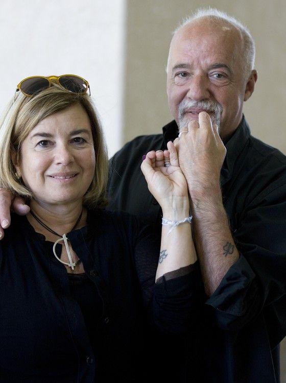Christina Oiticica e Paulo Coelho: gala para 120 convidados no dia 15, na Suíça (Foto: Xurxo Lobato/Getty Images)