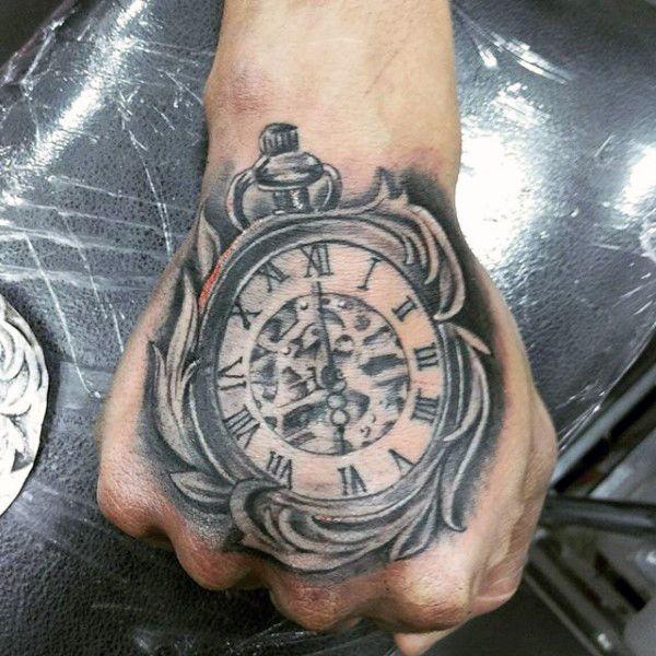 Taschenuhr tattoo hand  81 besten Compass Tattoo Bilder auf Pinterest | Tattoo-Designs ...