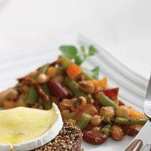 Salade de haricots verts et de légumineuses au bacon