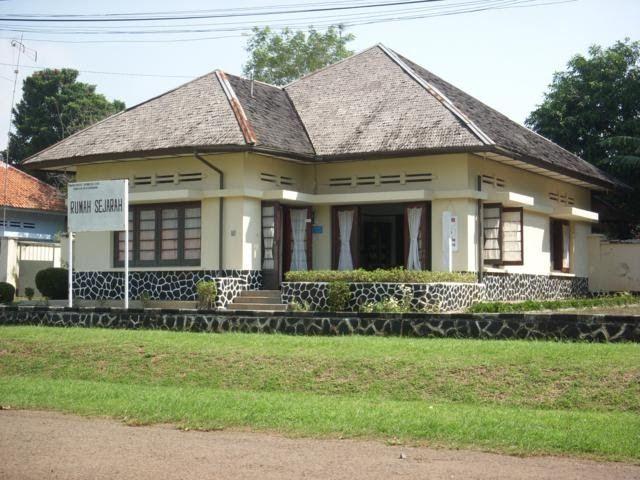 Rumah_Sejarah_Kalijati.JPG