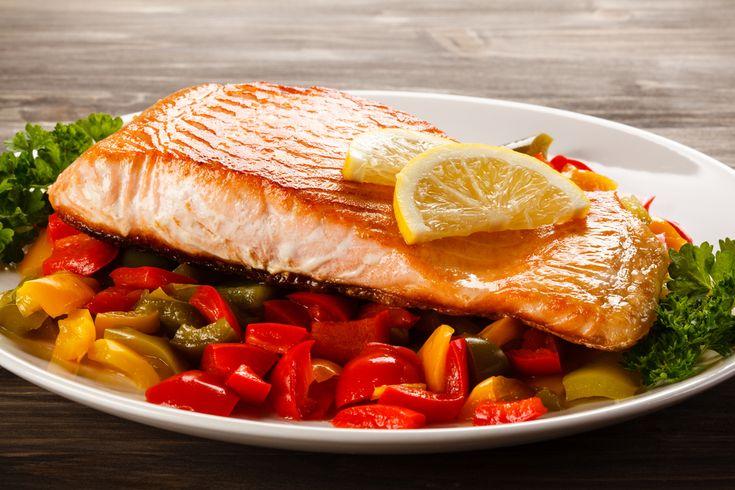 Une recette de saumon et relish de poivrons et maïs