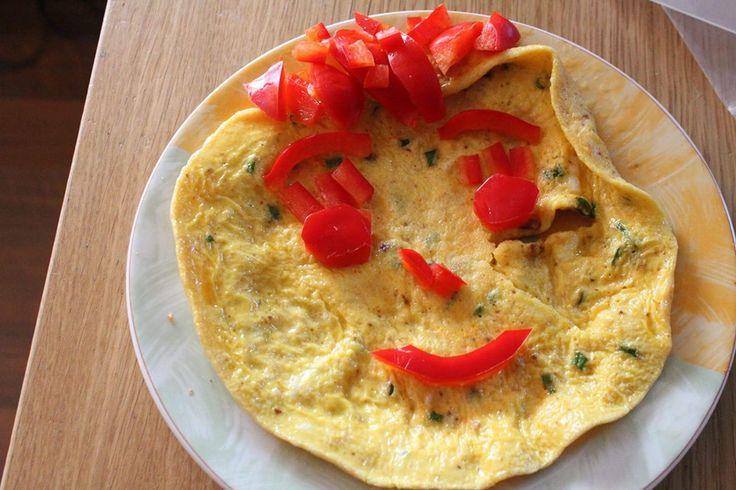 omlet a la DZIEWCZYNA O PORANKU NIEUMALOWANA I ROZCZOCHRANA