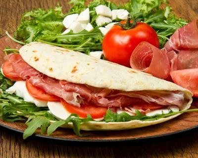 Autentica Romagna: menu per 2 persone con piadina a scelta tra 27 ricette, bibita e crepes dolce a soli 11,5 € anziché 19 €. Risparmi il 40%!   Scontamelo