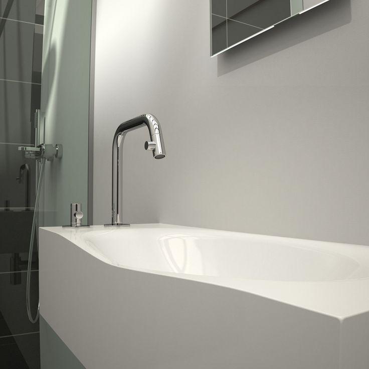 Clou hammock badkamer kranenbank links van mineral marmer en kaldur chrome fonteinkraan met - Badkamer minerale ...