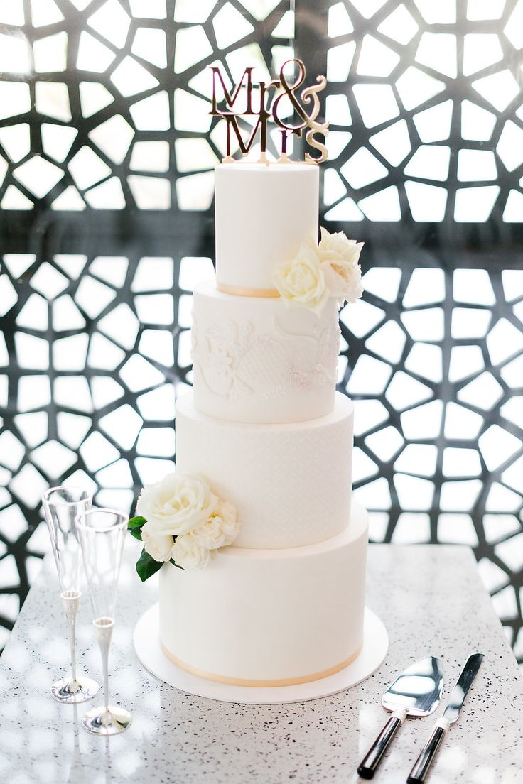 12 best Erin & Tara | Wedding Cake images on Pinterest | Cake ...