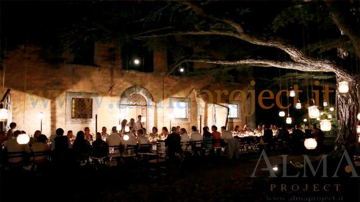 ALMA PROJECT @ Villa di Ulignano - dinner area - street lamps - wedding table