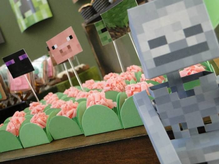 Parties Crafts And Cake Decor Boksburg : Minecraft themed birthday party via Kara s Party Ideas ...