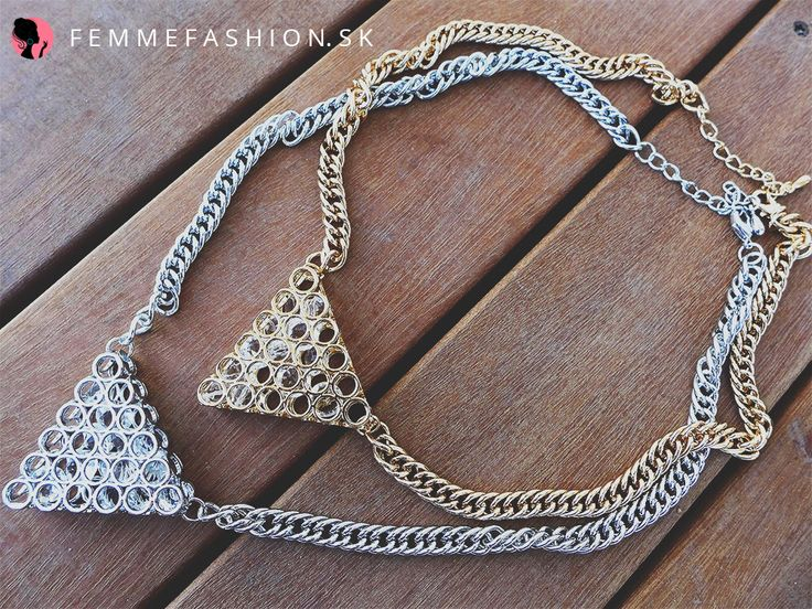 1. Náhrdelník Eiffel Silver  http://femmefashion.sk/nahrdelniky/2796-nahrdelnik-eiffel-silver.html 2. Náhrdelník Eiffel Gold http://femmefashion.sk/nahrdelniky/2795-nahrdelnik-eiffel-gold.html