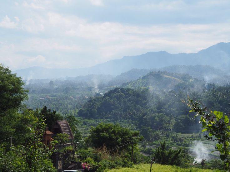 Avantages et inconvénients de la location de voiture à Bali : notre expérience lors de notre voyage en famille à Bali.