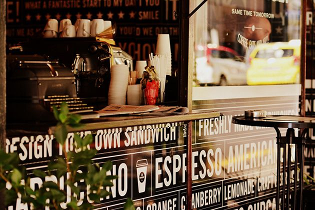 Long Street has some of the best coffee spots in town! Pop in for some delicious brew or an original sandwich designed by no other than yourself! http://www.citysightseeing.co.za/