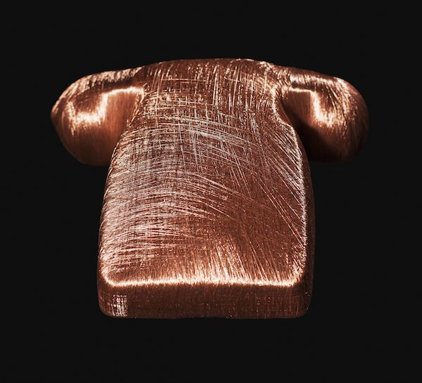 Alice Anderson mummifies the everyday by wrapping objects entirely in copper thread. Her show at the Wellcome Collection feels like a precious tomb and yet brings you completely into the present by providing an often forgotten distance between our possessions and ourselves.