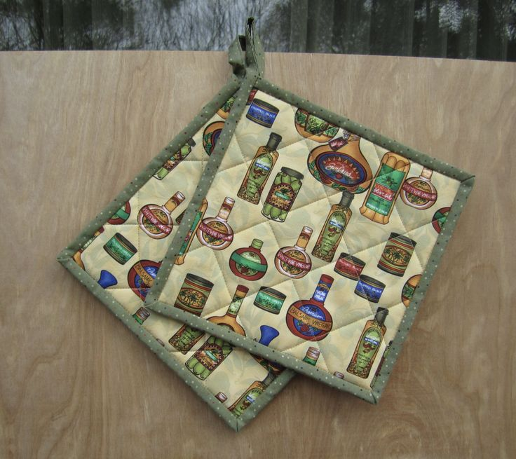 """Quilted Potholders """"Delicious Olives"""" Fabric Hotpads, Fabric Trivet, Quiltsy Handmade, Kitchen Decor, by ISewTotes on Etsy"""