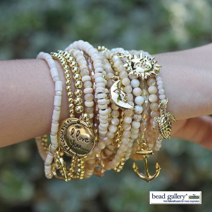 The Shore Bracelets Model wateramrk