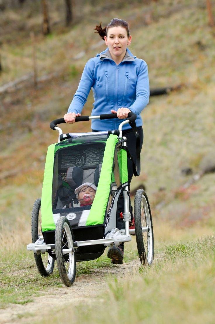Chariota, podobnie jak Croozera, łatwo przerobić na wózek sportowy.