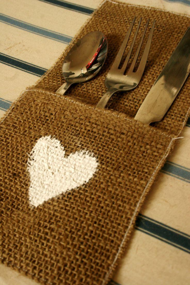 #diy #homemade #burlap #sewing #silverware #holder #holiday #wedding #tablesetting #aubreejoymade