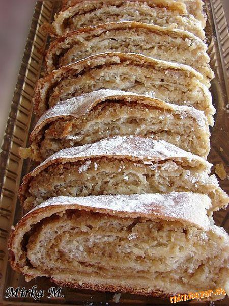 Orechovník, Slovakian sweet nut roll