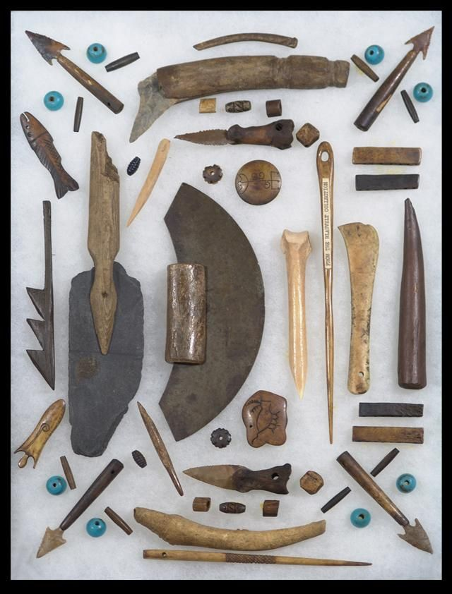 Inuit tools... Like the arrowhead ones and the 3 arrow halved.