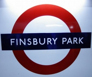 Step by Step Guide to Finsbury Park Tube Station in London #London #stepbystep