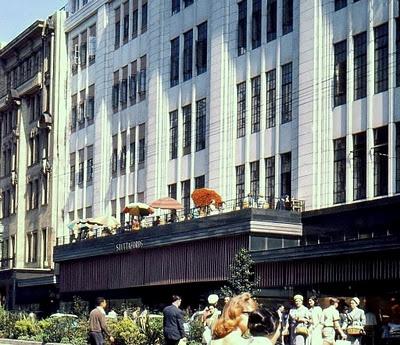 Tea on the balcony at Stuttafords 1963 | Stuttafords - Adderley Street - Cape Town (Capetown)