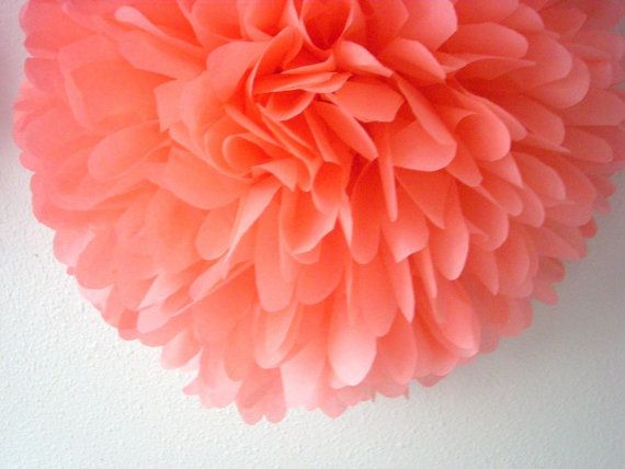KORAAL / 1 weefsel papier pom pom / bruiloft van PomLove op Etsy