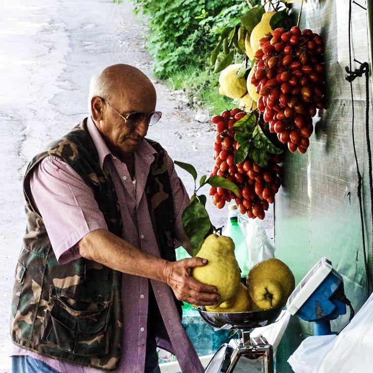Amalfi het mooiste stukje kust van Europa http://www.dolcevia.com/nl/italie-reizen/reistips/191-het-mooiste-stukje-kust-van-europa-amalfi