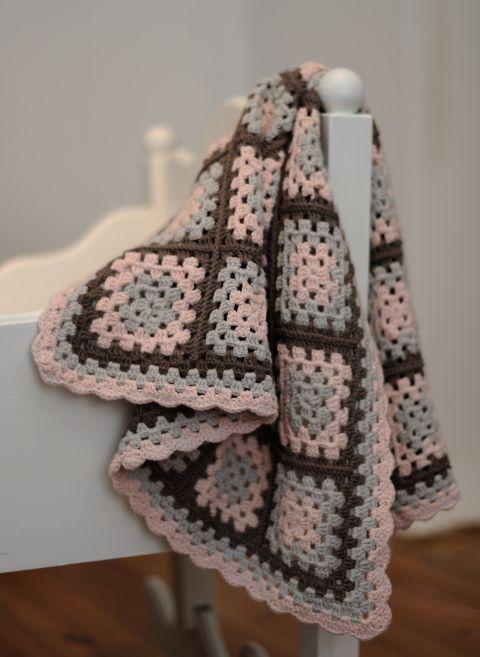 EllesHeart Loves ~ Crochet Afghans #Crochet #Afghan #Patterns #Inspiration #Blanket #Baby #Tutorials #Grannysquare #Ripple #Chevron #Stripe ~ crocheted baby blanket for baby granny squares