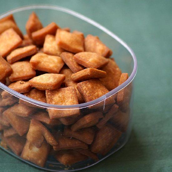 Gur Paara - An authentic Indian sweet snack made from whole wheat flour and jaggery. Perfect for any festival.
