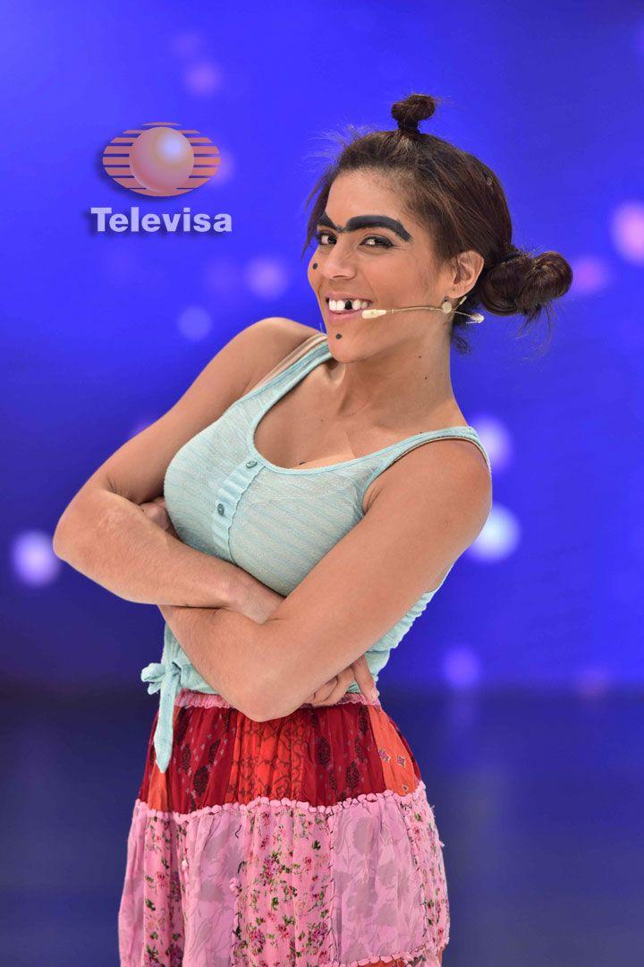Mela La Melaza, interpretada por Nuestra Belleza Latina 2015, llega a Sabadazo para disputarse con Cecilia Galliano