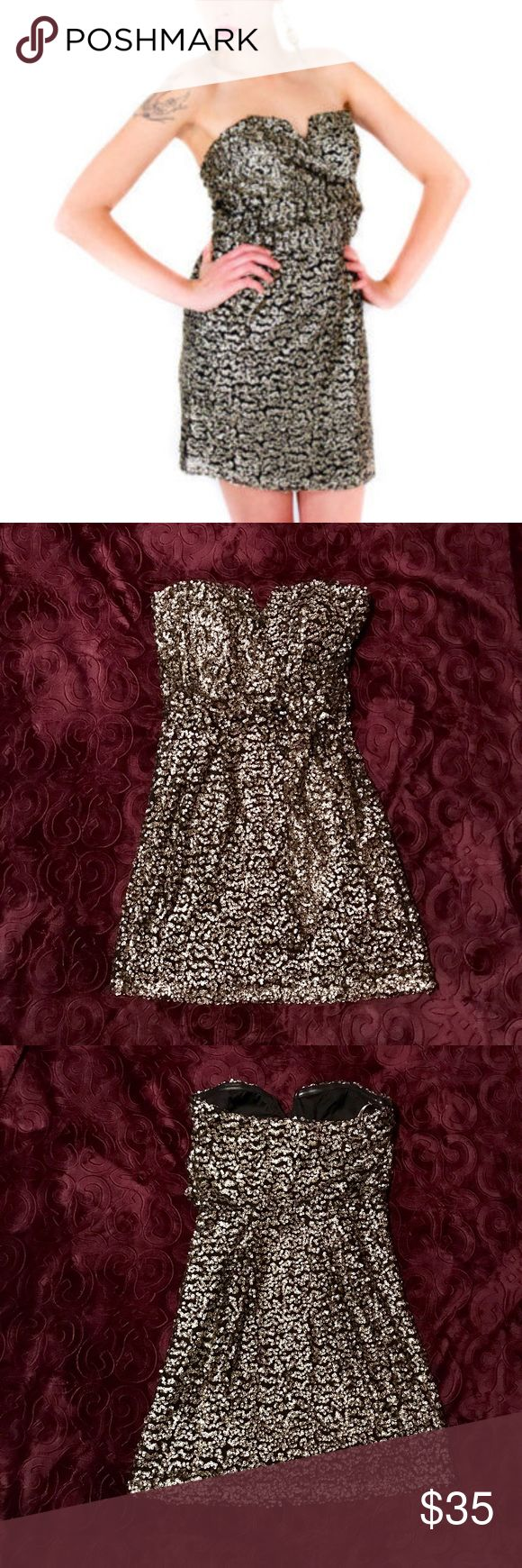 Charlie Jade Gold sequin cocktail mini In like new condition this dress is sure to turn heads 😍 size xs strapless with v slit at bust. Offers welcome! Charlie Jade Dresses Mini