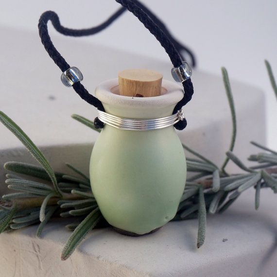 Gift for Gardeners, Pottery Necklace, Flower Pot, Planter, Necklace for gardeners, Garden Jewelry, Flower Pendant, zen jewelry, Zen Necklace