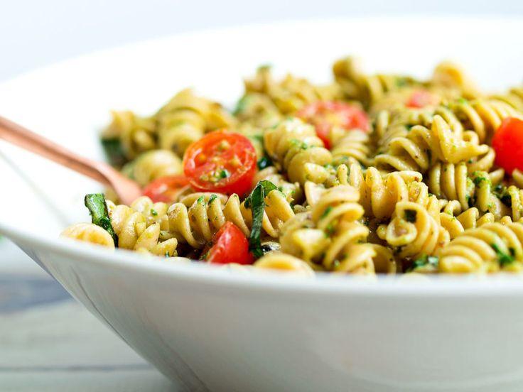 Pesto-těstovinový salát