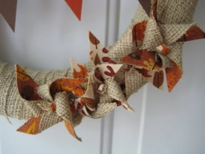 love these burlap and fabric pinwheels!