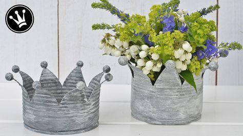 Aus einfachen Dingen etwas Schönes zu machen ist genau mein Ding! Diese hübschen Kronen aus ganz einfachen Konservendosen mit einem Finish in Zinkoptik gehör...